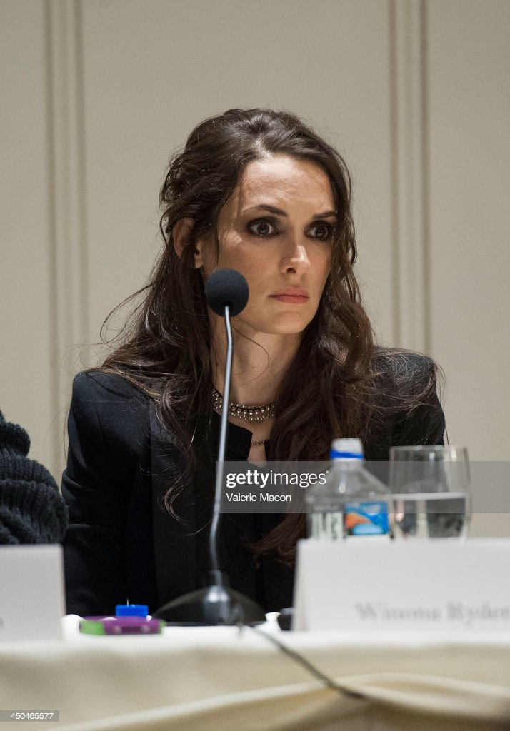 Actress <a gi-track='captionPersonalityLinkClicked' href=/galleries/search?phrase=Winona+Ryder&family=editorial&specificpeople=203145 ng-click='$event.stopPropagation()'>Winona Ryder</a> attends the 'Homefront' Los Angeles press conference and photo call at Four Seasons Hotel Los Angeles at Beverly Hills on November 18, 2013 in Beverly Hills, California.