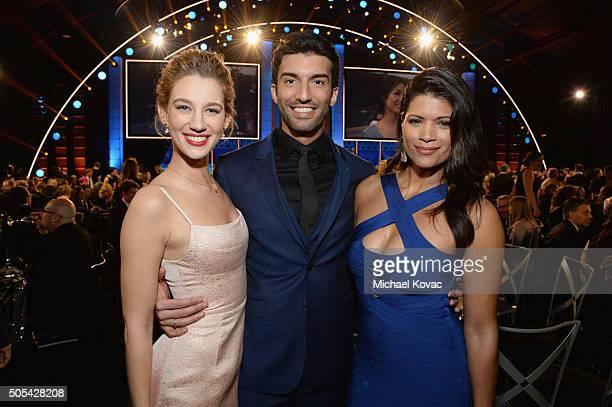 Actress Yael Grobglas actor Justin Baldoni and actress Andrea Navedo attend the 21st Annual Critics' Choice Awards at Barker Hangar on January 17...
