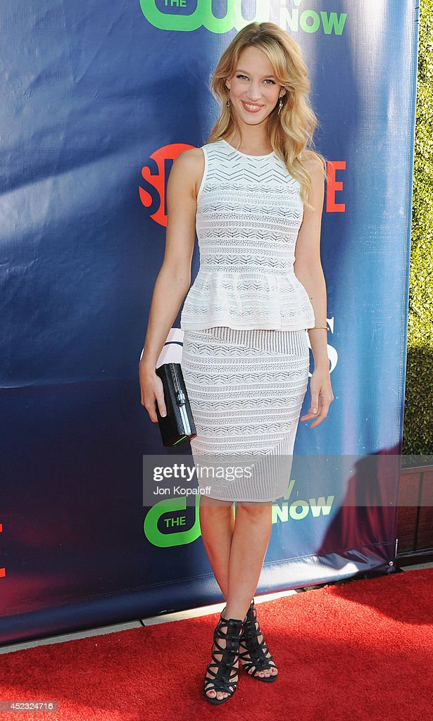 Actress <a gi-track='captionPersonalityLinkClicked' href=/galleries/search?phrase=Yael+Grobglas&family=editorial&specificpeople=12819808 ng-click='$event.stopPropagation()'>Yael Grobglas</a> arrives at the CBS, The CW, Showtime & CBS Television Distribution 2014 Television Critics Association Summer Press Tour at Pacific Design Center on July 17, 2014 in West Hollywood, California.