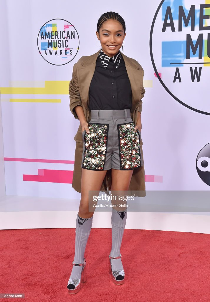 Actress Yara Shahidi arrives at the 2017 American Music Awards at Microsoft Theater on November 19, 2017 in Los Angeles, California.
