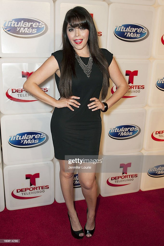 Actress <a gi-track='captionPersonalityLinkClicked' href=/galleries/search?phrase=Yarel+Ramos&family=editorial&specificpeople=6123533 ng-click='$event.stopPropagation()'>Yarel Ramos</a> attends Deportes Telemundo's celebration of their hit show 'Titulares Y Mas' at Ebanos Crossing on October 7, 2013 in Los Angeles, California.