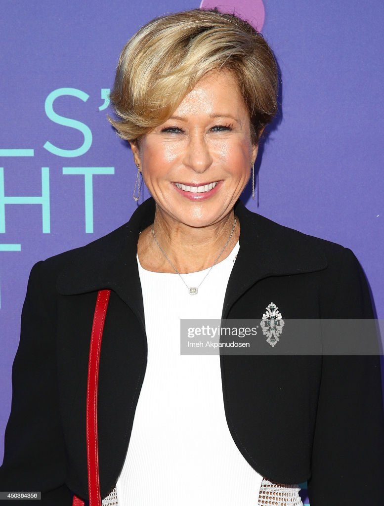 Actress <a gi-track='captionPersonalityLinkClicked' href=/galleries/search?phrase=Yeardley+Smith&family=editorial&specificpeople=2478190 ng-click='$event.stopPropagation()'>Yeardley Smith</a> attends Fox's 'Girls Night Out' at Leonard H. Goldenson Theatre on June 9, 2014 in North Hollywood, California.