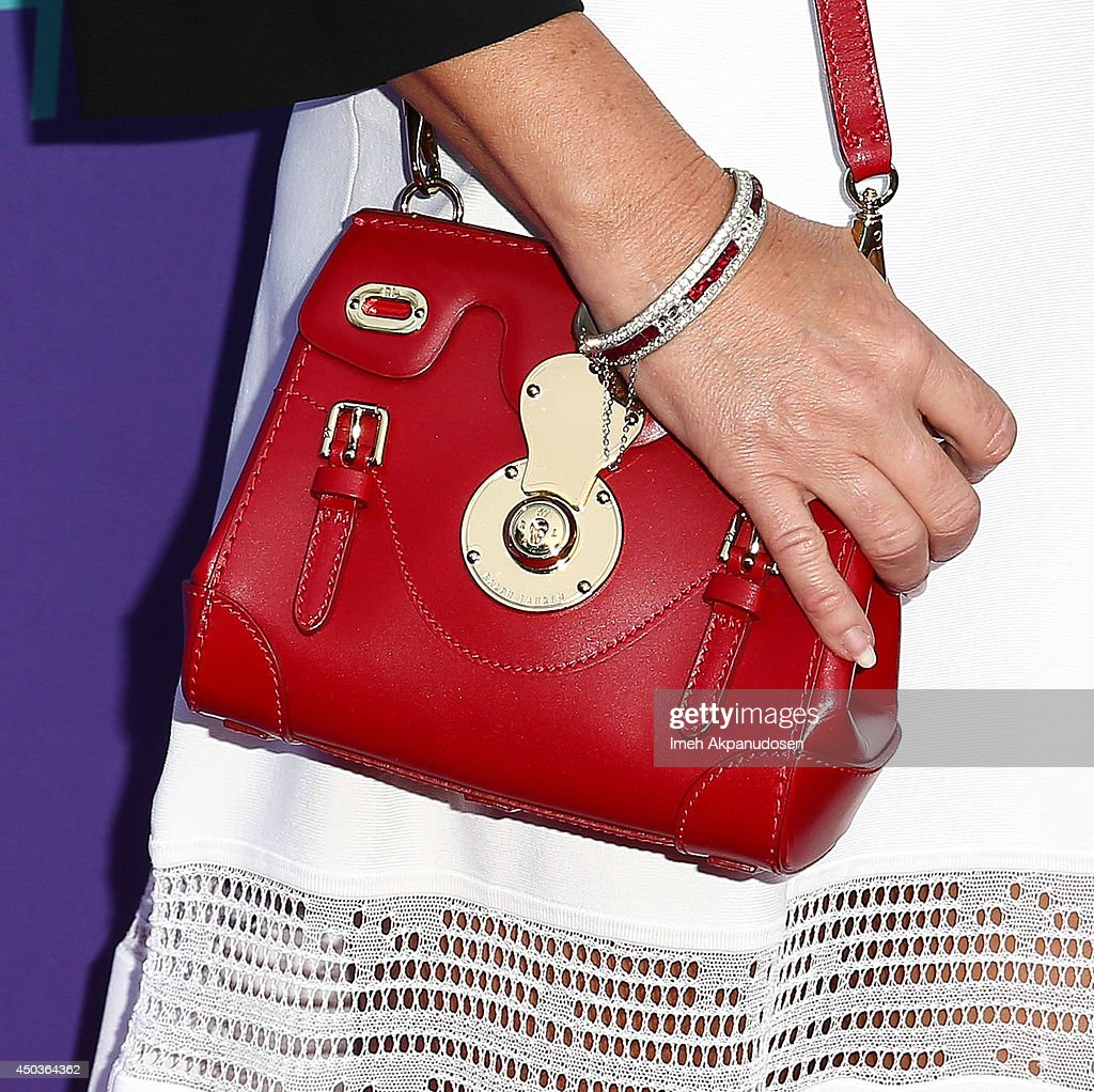 Actress Yeardley Smith (purse detail) attends Fox's 'Girls Night Out' at Leonard H. Goldenson Theatre on June 9, 2014 in North Hollywood, California.
