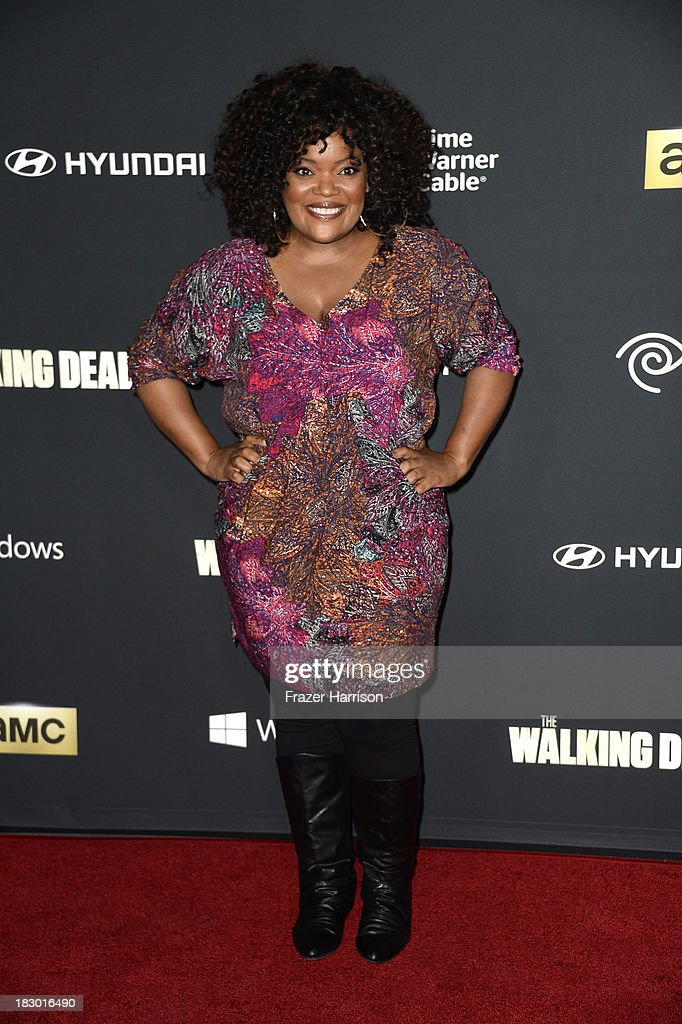 Actress <a gi-track='captionPersonalityLinkClicked' href=/galleries/search?phrase=Yvette+Nicole+Brown&family=editorial&specificpeople=4420097 ng-click='$event.stopPropagation()'>Yvette Nicole Brown</a> arrives at the premiere of AMC's 'The Walking Dead' 4th season at Universal CityWalk on October 3, 2013 in Universal City, California.