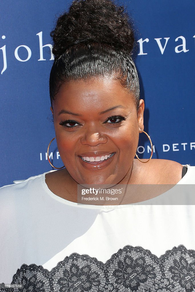 Actress Yvette Nicole Brown attends John Varvatos 10th Annual Stuart House Benefit Presented by Chrysler, at John Varvatos Los Angeles on March 10, 2013 in Los Angeles, California.