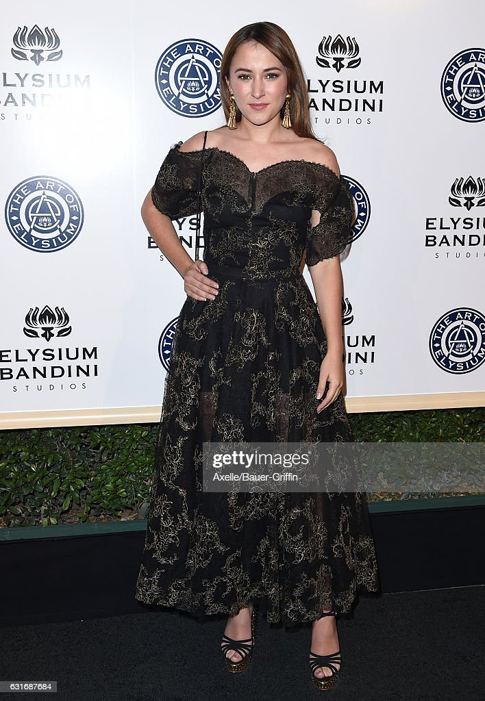 Actress Zelda Williams arrives at The Art of Elysium celebrating the 10th Anniversary at Red Studios on January 7, 2017 in Los Angeles, California.