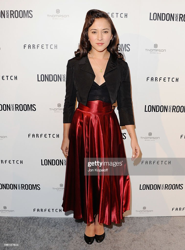 Actress <a gi-track='captionPersonalityLinkClicked' href=/galleries/search?phrase=Zelda+Williams&family=editorial&specificpeople=213509 ng-click='$event.stopPropagation()'>Zelda Williams</a> arrives at the British Fashion Council Celebrates 'London Show Rooms LA' at Thompson Hotel on April 9, 2013 in Beverly Hills, California.
