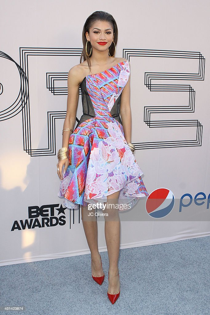 Actress <a gi-track='captionPersonalityLinkClicked' href=/galleries/search?phrase=Zendaya+Coleman&family=editorial&specificpeople=7115520 ng-click='$event.stopPropagation()'>Zendaya Coleman</a> attends 'PRE' BET Awards Dinner at Milk Studios on June 28, 2014 in Hollywood, California.