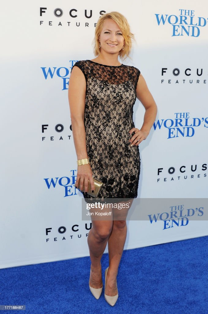 Actress <a gi-track='captionPersonalityLinkClicked' href=/galleries/search?phrase=Zoe+Bell&family=editorial&specificpeople=2235705 ng-click='$event.stopPropagation()'>Zoe Bell</a> arrives at the Los Angeles Premiere 'The World's End' at ArcLight Cinemas Cinerama Dome on August 21, 2013 in Hollywood, California.
