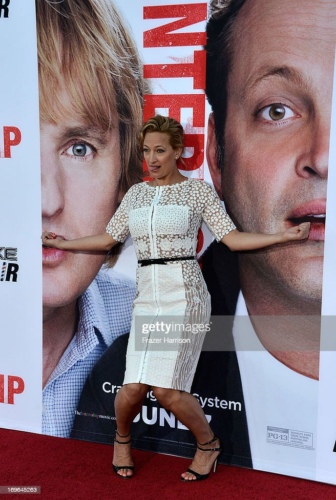 Actress <a gi-track='captionPersonalityLinkClicked' href=/galleries/search?phrase=Zoe+Bell&family=editorial&specificpeople=2235705 ng-click='$event.stopPropagation()'>Zoe Bell</a> arrives at the Premiere Of Twentieth Century Fox's 'The Internship' on May 29, 2013 in Westwood, California.