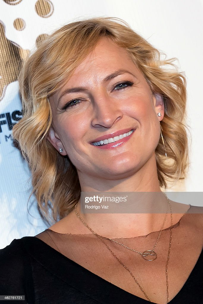 Actress <a gi-track='captionPersonalityLinkClicked' href=/galleries/search?phrase=Zoe+Bell&family=editorial&specificpeople=2235705 ng-click='$event.stopPropagation()'>Zoe Bell</a> attends the 'Gimme Shelter' Los Angeles Premiere at the Egyptian Theatre on January 14, 2014 in Hollywood, California.