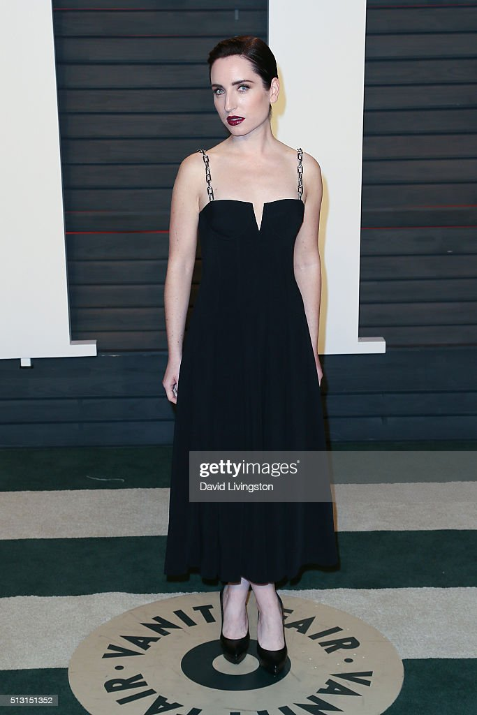 Actress Zoe Lister Jones arrives at the 2016 Vanity Fair Oscar Party Hosted by Graydon Carter at the Wallis Annenberg Center for the Performing Arts on February 28, 2016 in Beverly Hills, California.