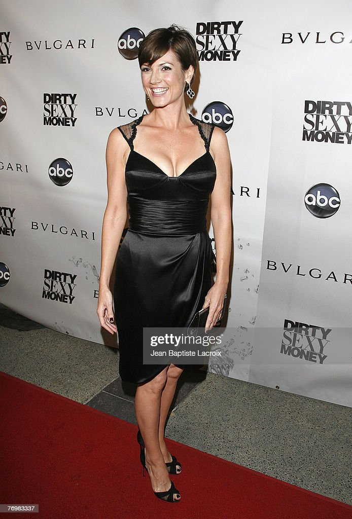 Pictures of zoe mclellan sexy