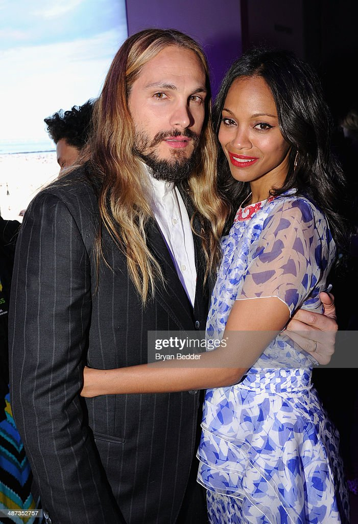 Actress <a gi-track='captionPersonalityLinkClicked' href=/galleries/search?phrase=Zoe+Saldana&family=editorial&specificpeople=542691 ng-click='$event.stopPropagation()'>Zoe Saldana</a> (R) and husband artist <a gi-track='captionPersonalityLinkClicked' href=/galleries/search?phrase=Marco+Perego&family=editorial&specificpeople=3061782 ng-click='$event.stopPropagation()'>Marco Perego</a> at the 2014 AOL NewFronts at Duggal Greenhouse on April 29, 2014 in New York, New York.