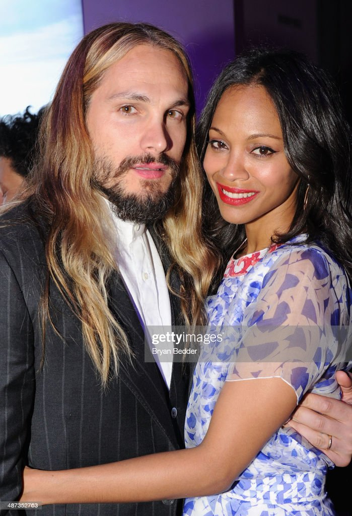 Actress Zoe Saldana (R) and husband artist Marco Perego at the 2014 AOL NewFronts at Duggal Greenhouse on April 29, 2014 in New York, New York.