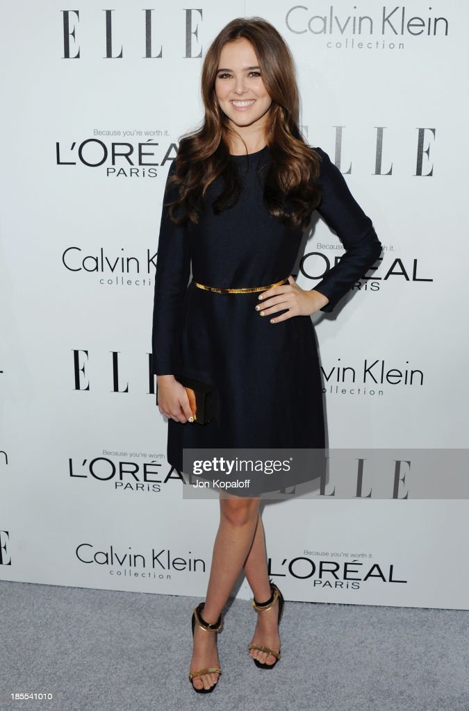 Actress <a gi-track='captionPersonalityLinkClicked' href=/galleries/search?phrase=Zoey+Deutch&family=editorial&specificpeople=4951672 ng-click='$event.stopPropagation()'>Zoey Deutch</a> arrives at ELLE Celebrates 20th Annual Women In Hollywood Event at Four Seasons Hotel Los Angeles at Beverly Hills on October 21, 2013 in Beverly Hills, California.