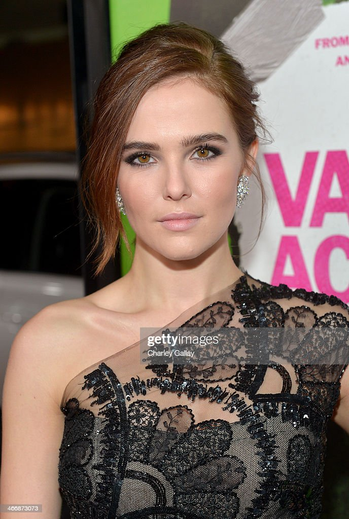 Actress Zoey Deutch arrives at The Weinstein Company's premiere of 'Vampire Academy' at Regal 14 at LA Live Downtown on February 4 2014 in Los...