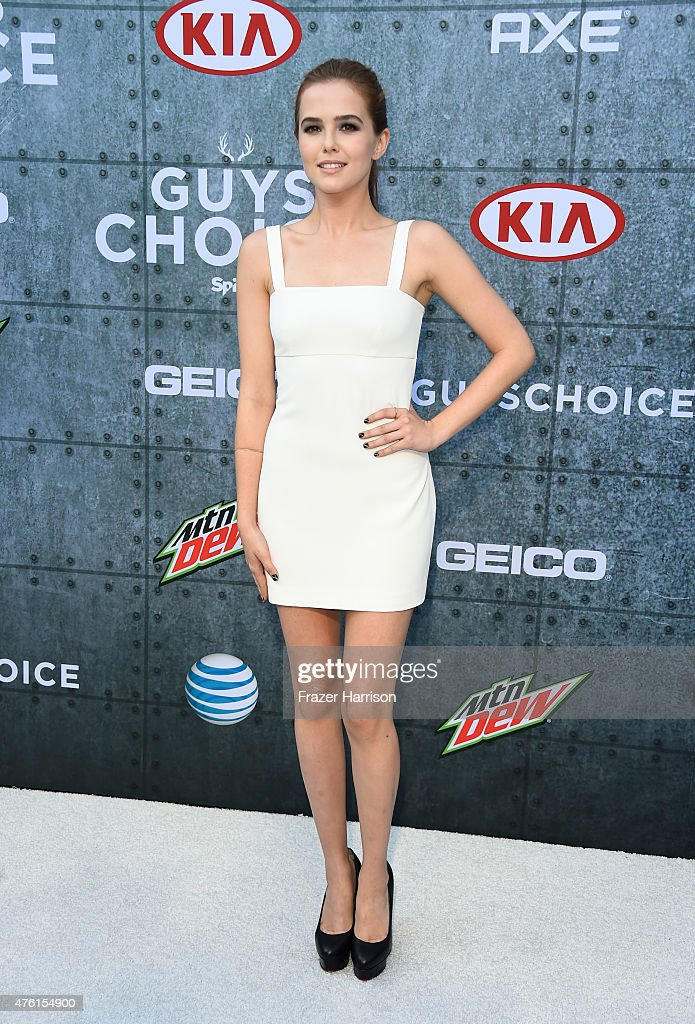 Actress Zoey Deutch attends Spike TV's Guys Choice 2015 at Sony Pictures Studios on June 6 2015 in Culver City California