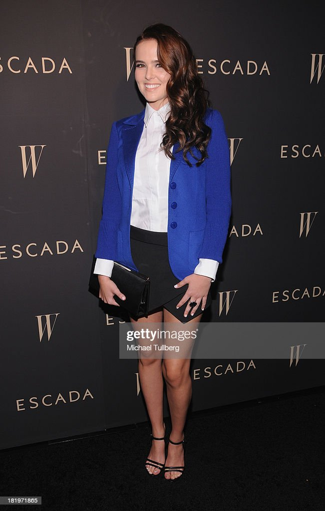 Actress <a gi-track='captionPersonalityLinkClicked' href=/galleries/search?phrase=Zoey+Deutch&family=editorial&specificpeople=4951672 ng-click='$event.stopPropagation()'>Zoey Deutch</a> attends the 'Celebrate Cool Earth' benefit for the Cool Earth Foundation at Escada Boutique on September 26, 2013 in Beverly Hills, California.