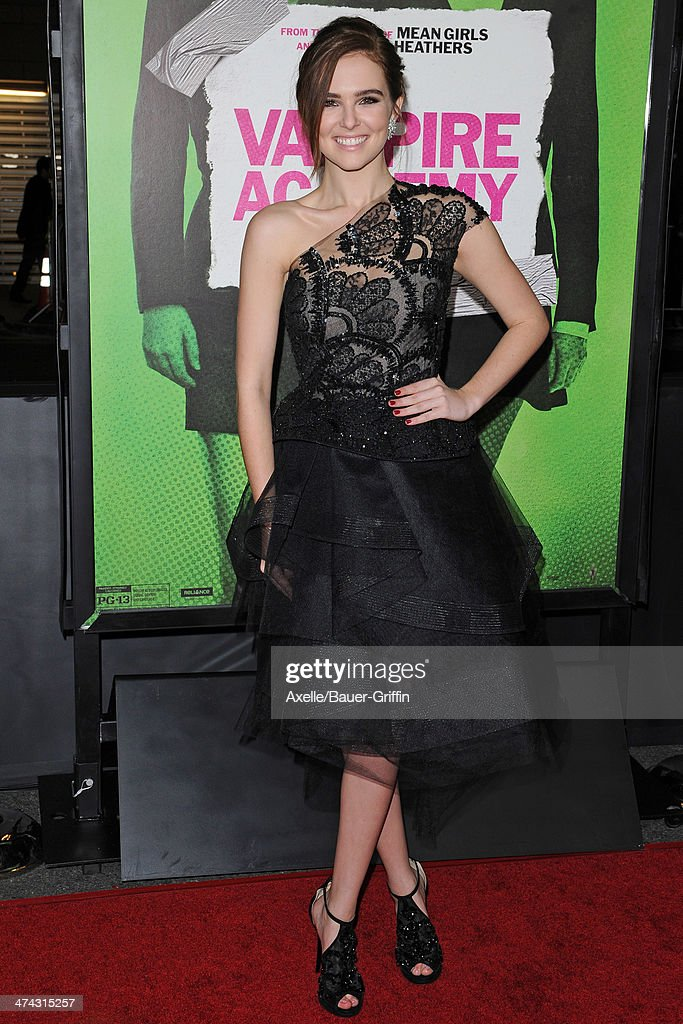 Actress <a gi-track='captionPersonalityLinkClicked' href=/galleries/search?phrase=Zoey+Deutch&family=editorial&specificpeople=4951672 ng-click='$event.stopPropagation()'>Zoey Deutch</a> attends the premiere of 'Vampire Academy' at Regal Cinemas L.A. Live on February 4, 2014 in Los Angeles, California.