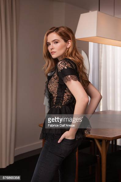 Actress Zoey Deutch is photographed for Vanity Faircom on April 19 2016 in New York City