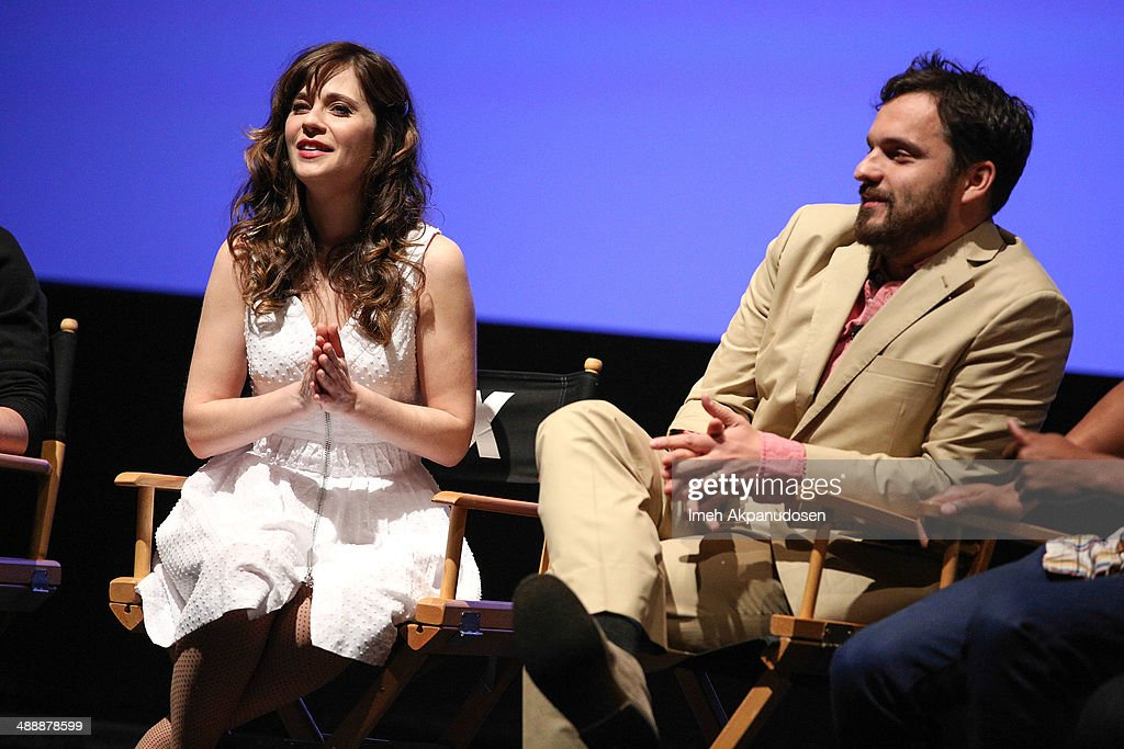 Actress <a gi-track='captionPersonalityLinkClicked' href=/galleries/search?phrase=Zooey+Deschanel&family=editorial&specificpeople=202927 ng-click='$event.stopPropagation()'>Zooey Deschanel</a> (L) and actor <a gi-track='captionPersonalityLinkClicked' href=/galleries/search?phrase=Jake+Johnson+-+Actor&family=editorial&specificpeople=11543114 ng-click='$event.stopPropagation()'>Jake Johnson</a> speak onstage at the 'New Girl' Season 3 Finale Screening and cast Q&A at Zanuck Theater at 20th Century Fox Lot on May 8, 2014 in Los Angeles, California.