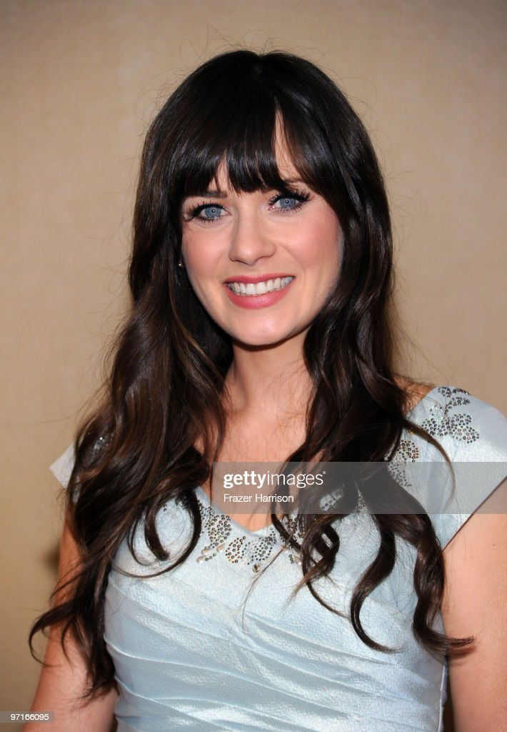 Actress <a gi-track='captionPersonalityLinkClicked' href=/galleries/search?phrase=Zooey+Deschanel&family=editorial&specificpeople=202927 ng-click='$event.stopPropagation()'>Zooey Deschanel</a> arrives at the 24th Annual American Society of Cinematographers 24th Annual Outstanding Achievement Awards held at the Hyatt Regency Century Plaza Hotel on February 27, 2010 in Los Angeles, California.