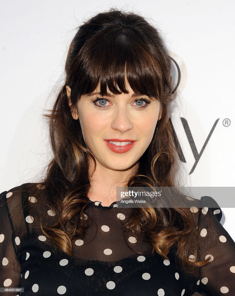 Actress <a gi-track='captionPersonalityLinkClicked' href=/galleries/search?phrase=Zooey+Deschanel&family=editorial&specificpeople=202927 ng-click='$event.stopPropagation()'>Zooey Deschanel</a> attends ELLE's Annual Women in Television Celebration at Sunset Tower on January 22, 2014 in West Hollywood, California.