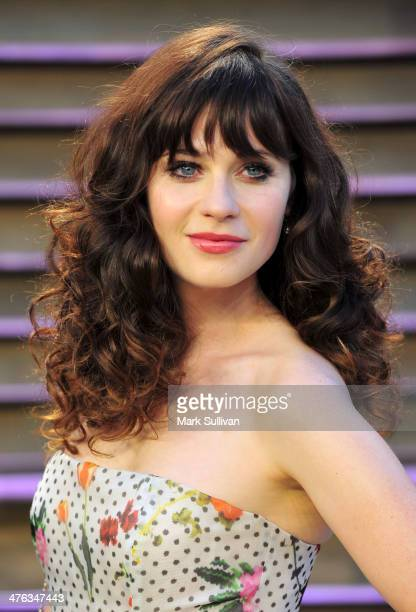 Actress Zooey Deschanel attends the 2014 Vanity Fair Oscar Party hosted by Graydon Carter on March 2 2014 in West Hollywood California