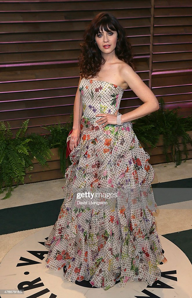 Actress Zooey Deschanel attends the 2014 Vanity Fair Oscar Party hosted by Graydon Carter on March 2, 2014 in West Hollywood, California.