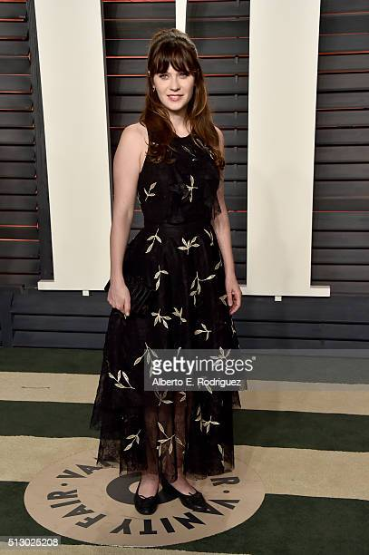 Actress Zooey Deschanel attends the 2016 Vanity Fair Oscar Party hosted By Graydon Carter at Wallis Annenberg Center for the Performing Arts on...