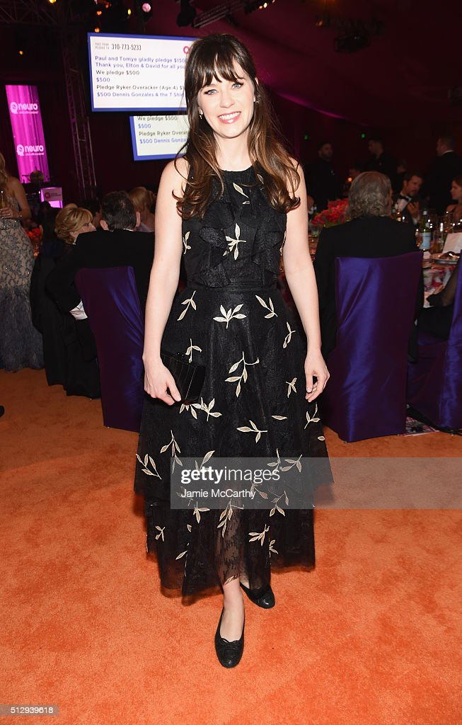Actress Zooey Deschanel attends the 24th Annual Elton John AIDS Foundation's Oscar Viewing Party at The City of West Hollywood Park on February 28, 2016 in West Hollywood, California.