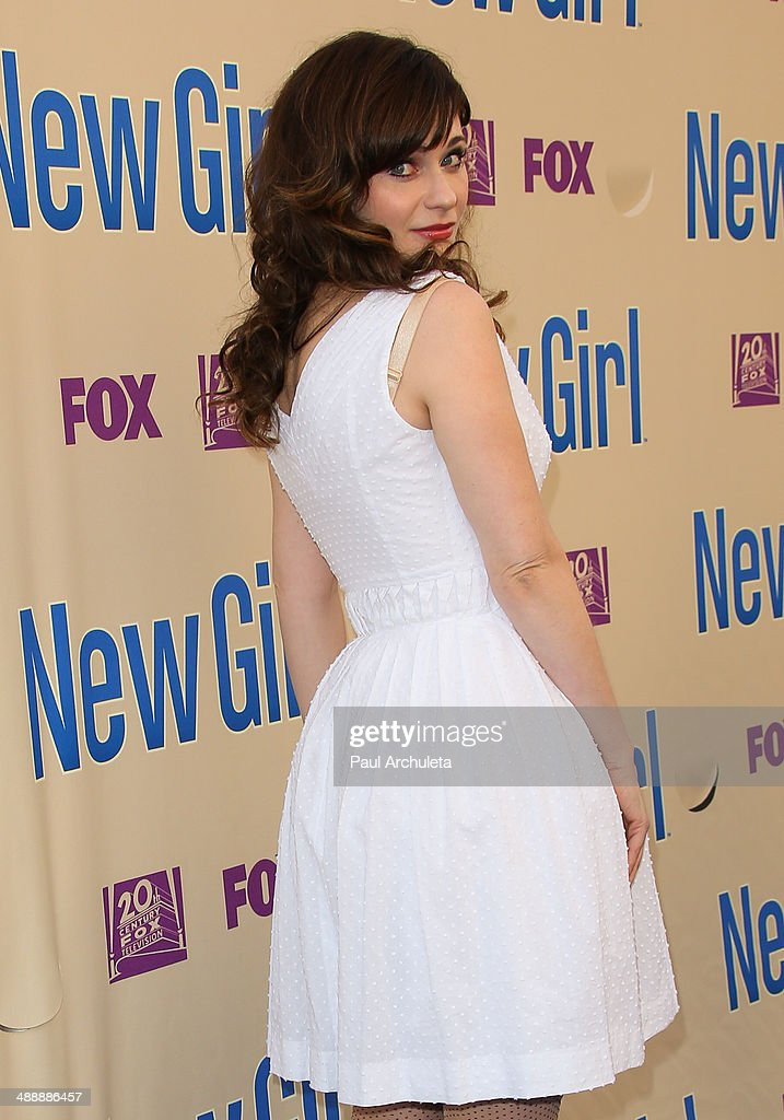 Actress <a gi-track='captionPersonalityLinkClicked' href=/galleries/search?phrase=Zooey+Deschanel&family=editorial&specificpeople=202927 ng-click='$event.stopPropagation()'>Zooey Deschanel</a> attends the 'New Girl' season 3 screening and cast Q&A at Zanuck Theater at 20th Century Fox Lot on May 8, 2014 in Los Angeles, California.