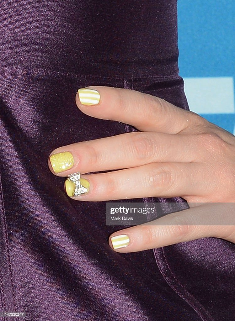 Actress Zooey Deschanel (fingernail detail) poses at the Fox Celebrates The 200th Episode Of 'So You Think You Can Dance'CBS Television City on June 25, 2012 in Los Angeles, California.