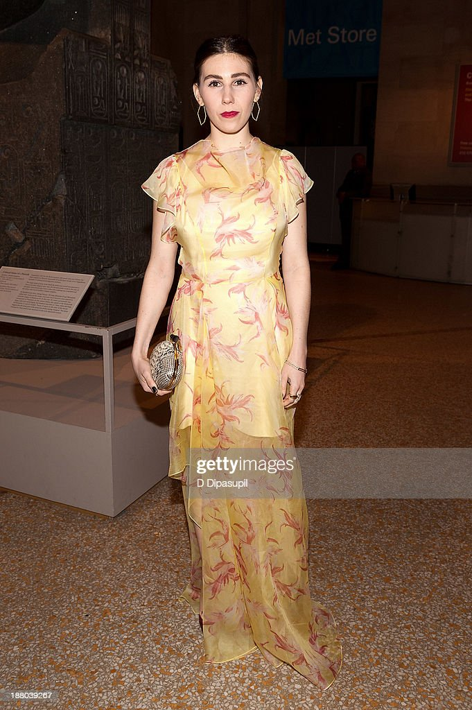 Actress <a gi-track='captionPersonalityLinkClicked' href=/galleries/search?phrase=Zosia+Mamet&family=editorial&specificpeople=7439328 ng-click='$event.stopPropagation()'>Zosia Mamet</a> attends the 10th annual Apollo Circle benefit at the Metropolitan Museum of Art on November 14, 2013 in New York City.