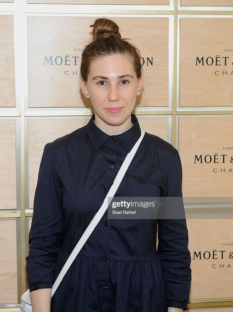 Actress <a gi-track='captionPersonalityLinkClicked' href=/galleries/search?phrase=Zosia+Mamet&family=editorial&specificpeople=7439328 ng-click='$event.stopPropagation()'>Zosia Mamet</a> attends the Moet & Chandon Suite at USTA Billie Jean King National Tennis Center on September 2, 2013 in New York City.