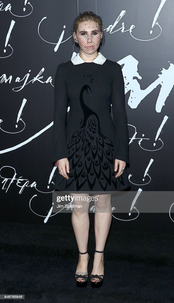 Actress Zosia Mamet attends the 'mother!' New York premiere at Radio City Music Hall on September 13, 2017 in New York City.