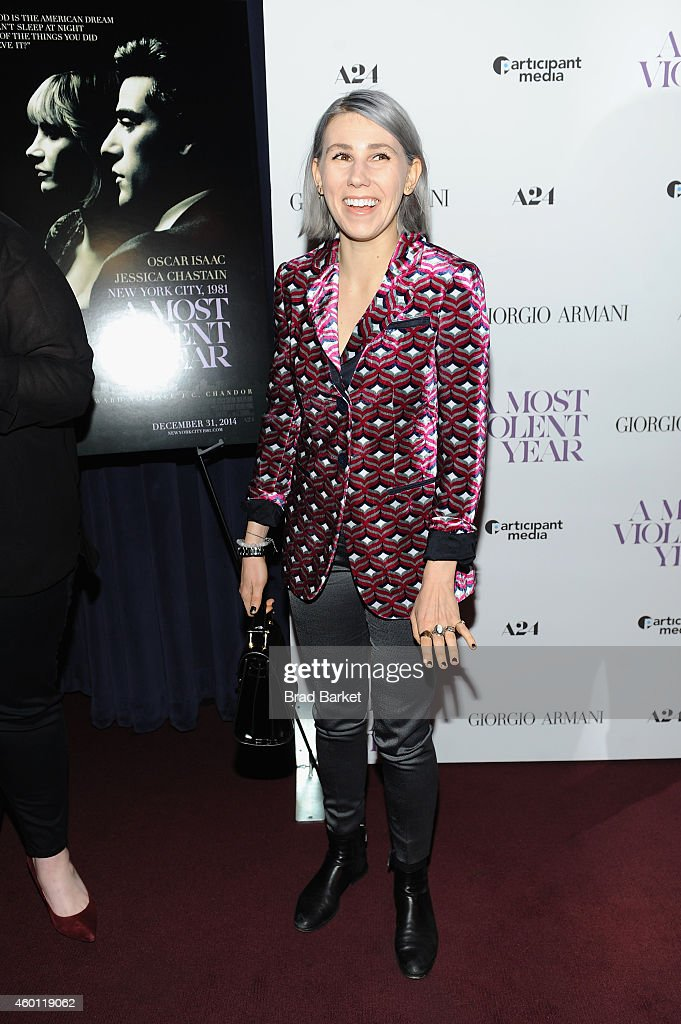 Actress Zosia Mamet attends the New York premiere of 'A Most Violent Year' at Florence Gould Hall on December 7, 2014 in New York City.