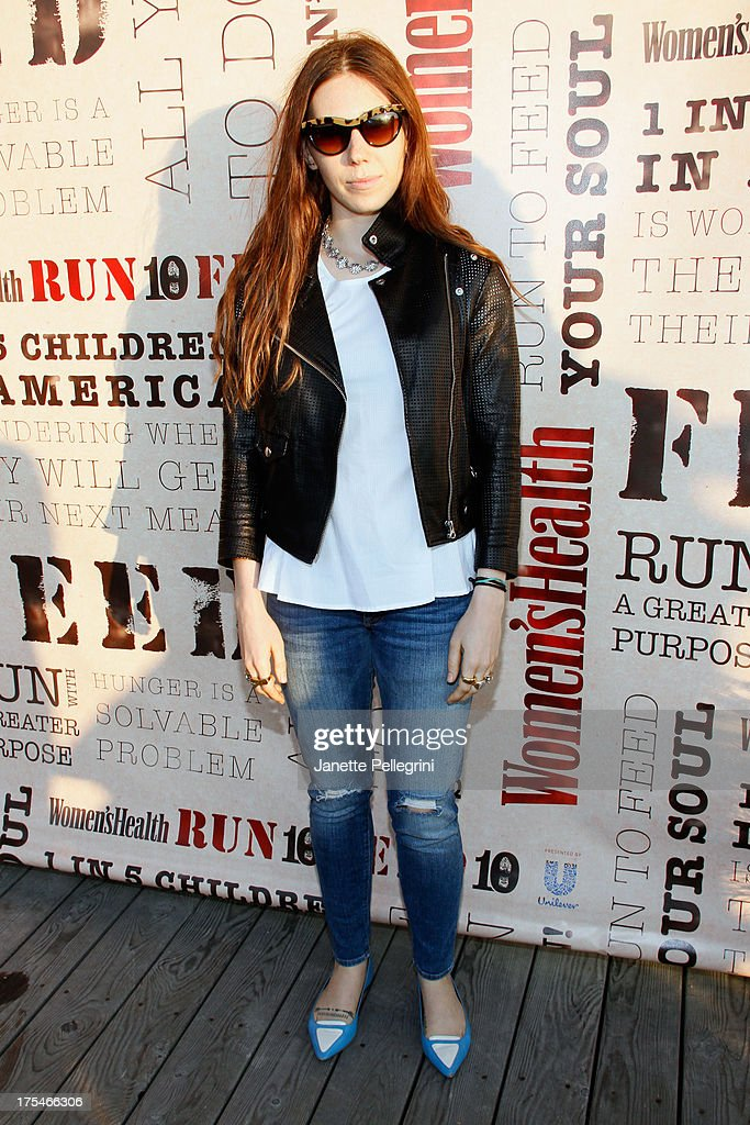 Actress <a gi-track='captionPersonalityLinkClicked' href=/galleries/search?phrase=Zosia+Mamet&family=editorial&specificpeople=7439328 ng-click='$event.stopPropagation()'>Zosia Mamet</a> attends Women's Health Hamptons 'Party Under the Stars' for RUN10 FEED10 at Bridgehampton Tennis and Surf Club on August 3, 2013 in Bridgehampton, New York.