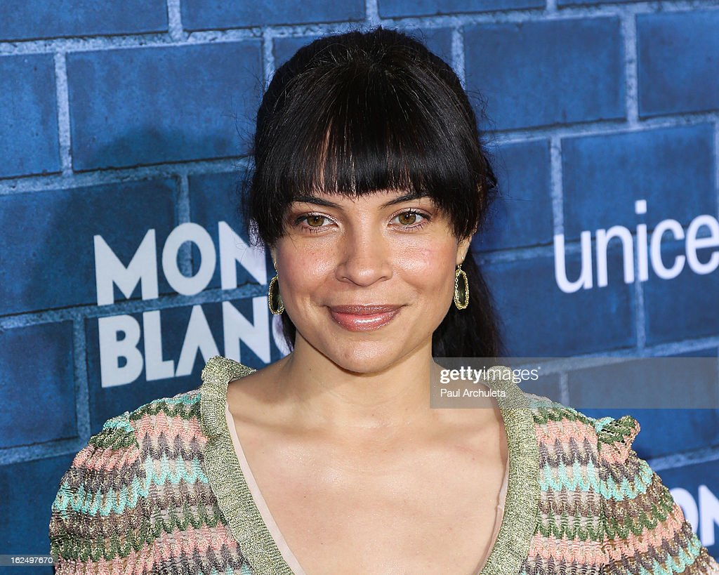 Actress Zuleikha Robinson attends Montblanc's 2nd annual Pre-Oscar brunch celebrating the 'Signature For Good' collection with UNICEF at Hotel Bel-Air on February 23, 2013 in Los Angeles, California.