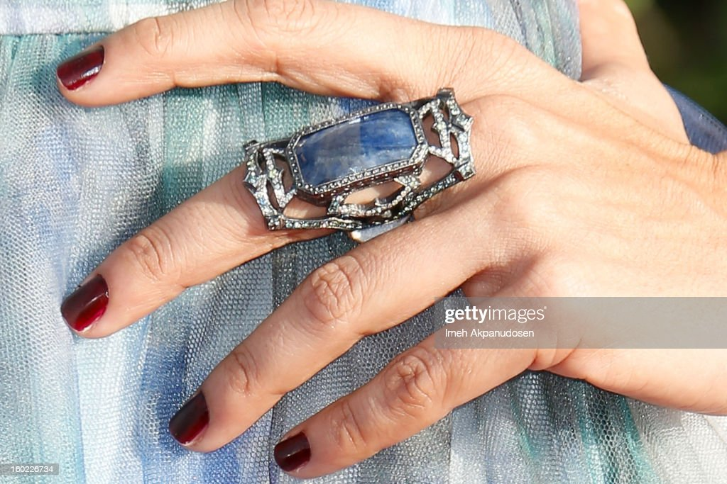 Actress Zuleikha Robinson (ring detail) attends the 19th Annual Screen Actors Guild Awards at The Shrine Auditorium on January 27, 2013 in Los Angeles, California.