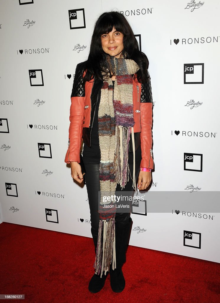Actress Zuleikha Robinson attends the I Heart Ronson celebration at The Bungalow on December 11, 2012 in Santa Monica, California.