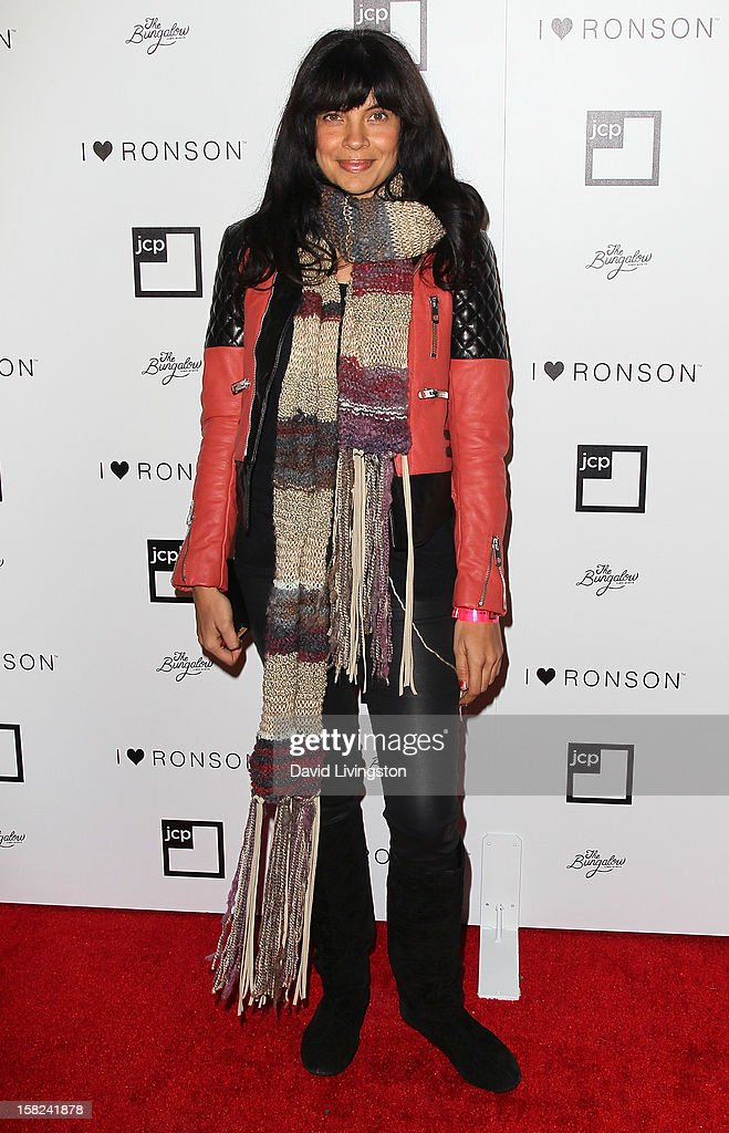 Actress Zuleikha Robinson attends the 'I Heart Ronson' Collection and jcpenney celebration at The Bungalow on December 11, 2012 in Santa Monica, California.