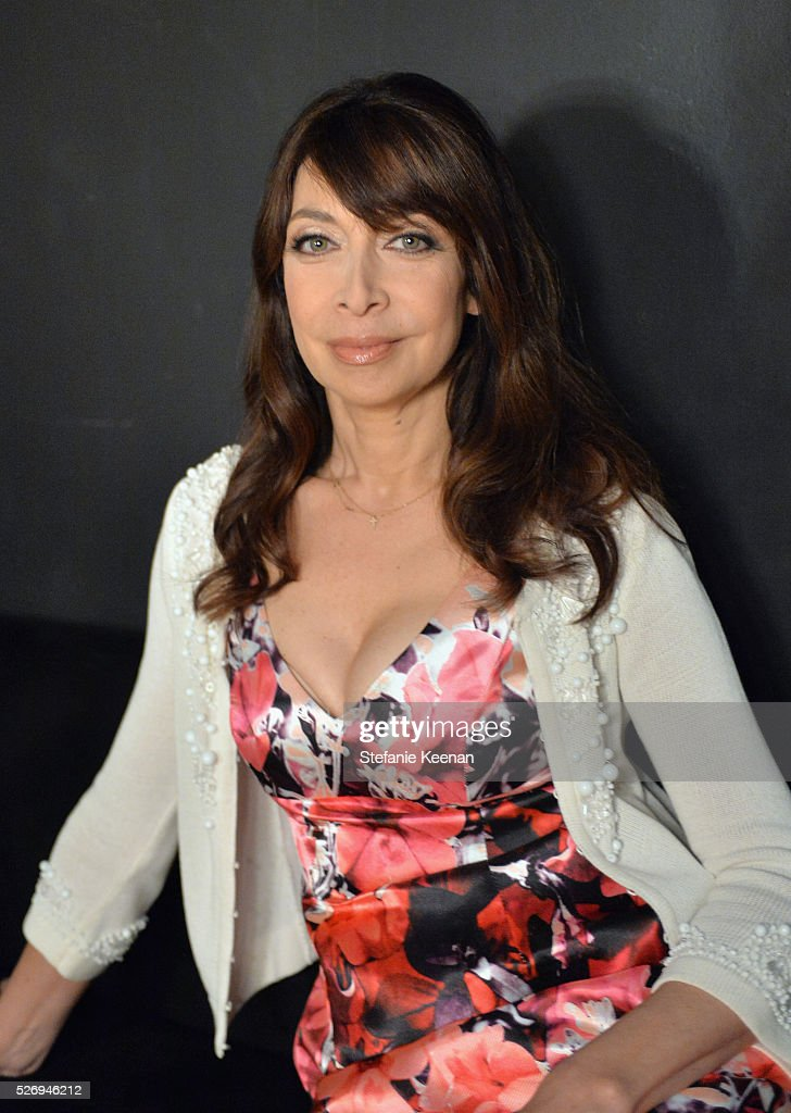 Actress/author Illeana Douglas attends 'The Band Wagon' screening during day 4 of the TCM Classic Film Festival 2016 on May 1, 2016 in Los Angeles, California. 25826_005