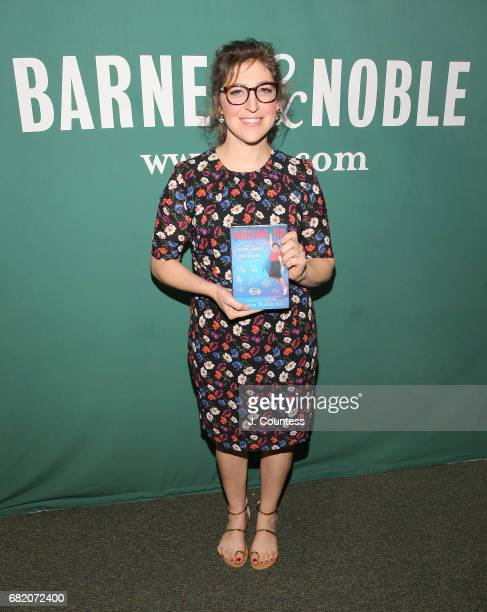 Actress/author Mayim Bialik poses for a photo during an instore appearance for her new book 'Girling Up How To Be Strong Smart And Spectacular' at...