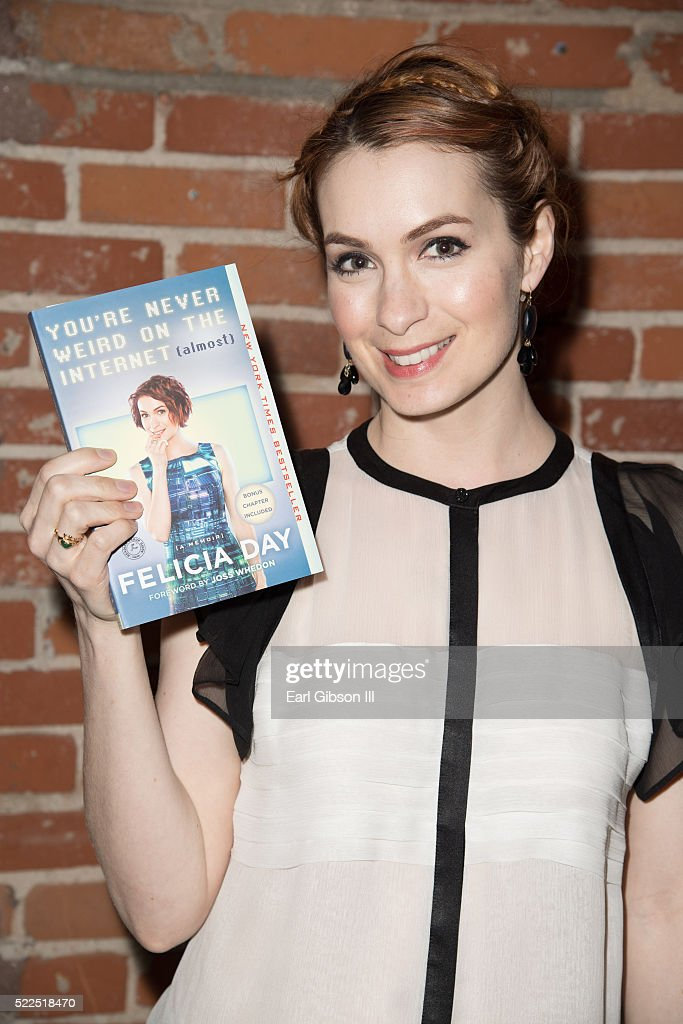 Actress/Comedian and Writer Felicia Day poses fof a photo at Live Talks Los AngelesAn Evening With Felicia Day at Bootleg Theater on April 19 2016 in...