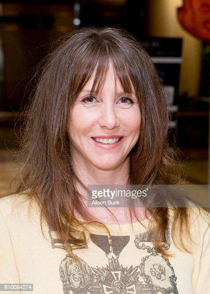 Actress/comedian Laraine Newman attends the Stray Cat Alliance Presents Benefit Performance Of Celebrity Autobiography at CAA on September 23 2016 in...