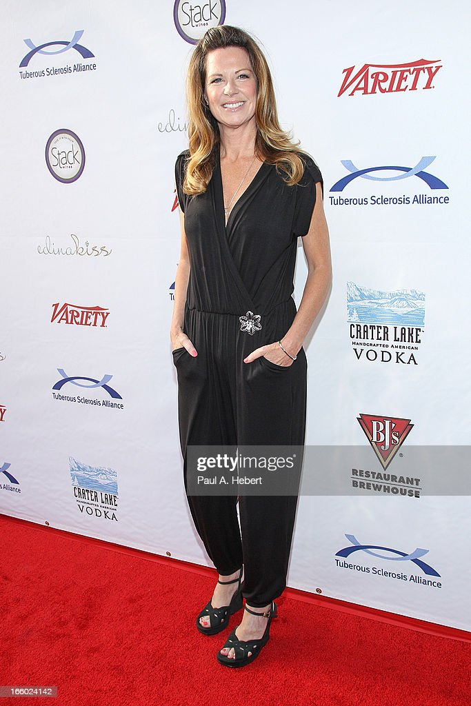 Actress/comedian Mo Collins attends the Comedy for a Cure benefit held at Lure on April 7, 2013 in Hollywood, California.