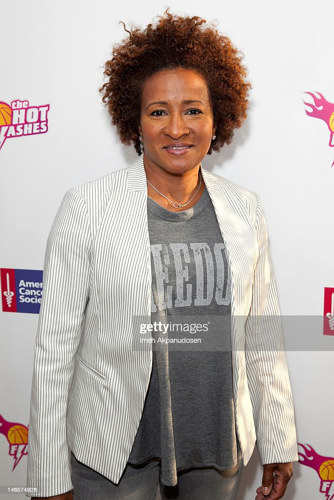 Actress/comedian <a gi-track='captionPersonalityLinkClicked' href=/galleries/search?phrase=Wanda+Sykes&family=editorial&specificpeople=208075 ng-click='$event.stopPropagation()'>Wanda Sykes</a> attends the cast of 'Hot Flashes' and The American Cancer Society celebrate 'Blow Out Cancer' event at Montage Beverly Hills on June 19, 2012 in Beverly Hills, California.