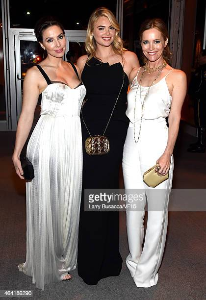 Actress/comedian Whitney Cummings model Kate Upton and actress Leslie Mann attend the 2015 Vanity Fair Oscar Party Viewing Dinner hosted by Graydon...